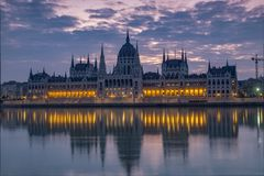 Dawn twilight shot of the Hungarian Parliament Stock Photo
