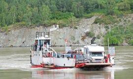 Dawson Alaska - transbordador del Yukón Fotos de archivo