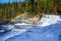 Dawson Falls brunnar Gray Provincial Park, British Columbia, Kanada Royaltyfri Bild