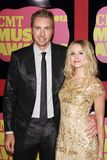 Dax Shepard und Kristen Bell an den 2012 CMT Musik-Preisen, Bridgestone-Arena, Nashville, TN 06-06-12 stockfoto