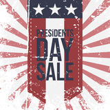 Day在镶边背景的Sale Label总统 免版税库存图片