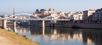 Day view of Pont de  Estat over Ebro river  and Suda Castle in T Royalty Free Stock Photos