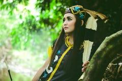 Dayakflicka, från den södra Borneo djungeln Royaltyfri Fotografi