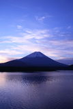 Daybreak Mt. Fuji and Lake Motosu Royalty Free Stock Photos