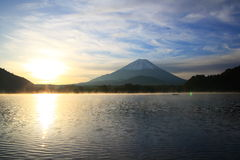 Daybreak Mt. Fuji and Lake Shoji Royalty Free Stock Photos