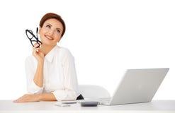 dayreaming美丽的女实业家 免版税库存图片