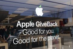 Dayton - circa abril de 2018: Ubicación de la alameda de la venta al por menor de Apple Store Ventas de Apple e iPhones e iPads d Imagen de archivo