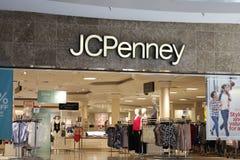 Dayton - circa aprile 2018: JC Penney Retail Mall Location JCP è un abito e un rivenditore fornire domestico III Fotografia Stock