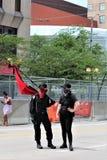 Dayton, OH/Estados Unidos - 25 de maio de 2019: 600 protestors reagrupam contra membros relatados 9 de um KKK foto de stock royalty free