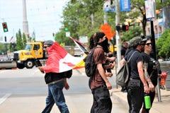 Dayton, OH/Verenigde Staten - Mei 25 2019: 600 protestors verzamelen tegen een gemelde 9 KKK-leden royalty-vrije stock foto's
