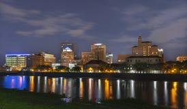 Dayton, Ohio bij Nacht Stock Foto