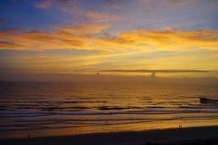 Daytona海滩太阳上升 免版税图库摄影