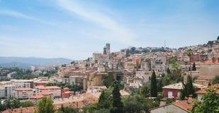 Dazur histórico Francia del corral del horizonte de Grasse Foto de archivo libre de regalías
