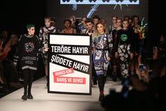 DB Berdan Catwalk in Mercedes-Benz Fashion Week Istanbul Royalty Free Stock Photos