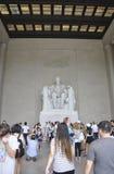 DC Вашингтона, 5-ое августа: Памятник Линкольна мемориальный от округа Колумбия Вашингтона Стоковые Изображения