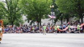DC Вашингтона, 4-ое июля 2017: Парад для парада 4-ое июля от округа Колумбия США Вашингтона видеоматериал