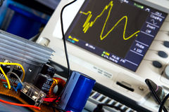 DC / DC converter and the switching waveform Royalty Free Stock Photos