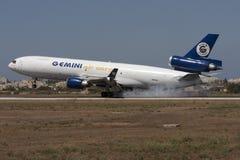 DC-10 de cargaison atterrissant Photo libre de droits