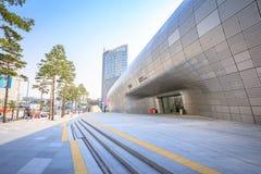 DDP, Dongdaemun-Ontwerpplein op Jun 18, 2017 in Seoel, Zuiden Kor Stock Afbeeldingen