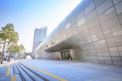 DDP, Dongdaemun-Ontwerpplein op Jun 18, 2017 in Seoel, Zuiden Kor Stock Foto
