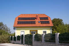 De água quente da energia solar Fotografia de Stock