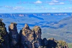 """De """"formation de roche trois soeurs, montagnes bleues, Australie images libres de droits"""