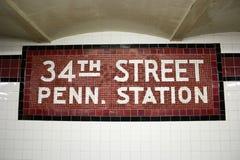 de 34ste St. Post van de Metro, NYC Stock Afbeeldingen