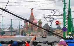 De aandrijving van de Marussiaf1 sportwagen bij de Stad van Moskou het Rennen Stock Fotografie
