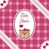 De aankomst van het babymeisje, douche, Groet, aankondigingskaart met teddybeer en harten Vectorprentbriefkaar, Borduurwerkstyliz Royalty-vrije Stock Afbeeldingen