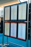 De Aankomstlezer Boards van het luchtvaartlijnvertrek Royalty-vrije Stock Afbeeldingen
