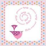 De aankondigingskaart van de baby met roze vogel Stock Fotografie