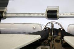 De aantallen op het document van een schrijfmachine Royalty-vrije Stock Afbeeldingen