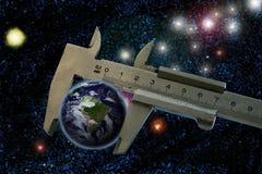 De aarde is zo klein Stock Foto's