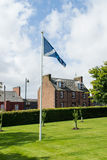 De Abdij van Arbroath en Saltire, Schotland Stock Foto