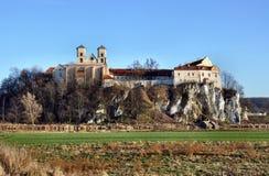De abdij van de benedictine in Tyniec, Krakau, Polen stock afbeeldingen