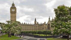 De Abdij van Westminster met Henry VII Kapel, Londen Stock Afbeeldingen