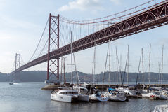 25 de Abril Bridge Photographie stock libre de droits