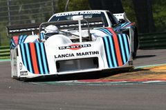21 de abril de 2018: Prototipo de Lancia Martini LC1 de la impulsión de Riccardo Patrese durante el festival 2018 de la leyenda d Imagen de archivo
