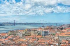 25 de abril puente Imagen de archivo libre de regalías