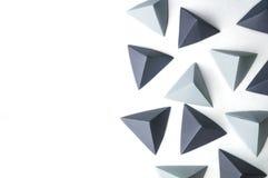 De abstracte achtergrond van origamipiramides royalty-vrije stock fotografie