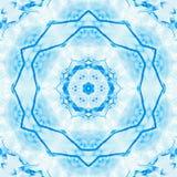 De abstracte blauwe symmetrie van het ijspatroon De sneeuwvlok van Kerstmis vector illustratie