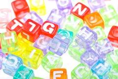 De abstracte kleurrijke achtergrond van alfabetblokken Stock Afbeelding