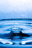 De abstracte kroon van de waterplons Royalty-vrije Stock Foto's