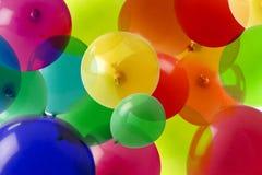 De achtergrond van de ballon met vele kleuren stock afbeeldingen