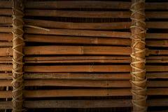 De achtergrond van de het bamboeomheining van Grunge Stock Afbeelding