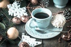De achtergrond van de Kerstmisvakantie met koffiekop Royalty-vrije Stock Fotografie