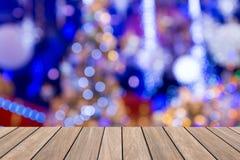De achtergrond van de Kerstmisvakantie met lege houten Stock Afbeeldingen