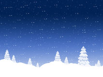 De achtergrond van de winter dalende sneeuw tegen de donkerblauwe hemel royalty-vrije illustratie