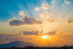 De achtergrond van de zonsondergang Stock Fotografie
