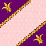 De achtergrond van het damast met gouden decoratie Stock Afbeeldingen